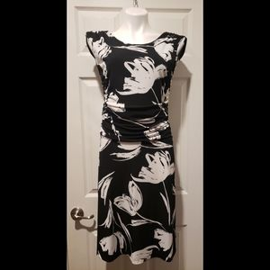 BLACK AND WHITE FLORAL DRESS by Enfocus Size 12